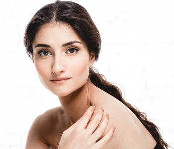 Minimizing sagging skin with Forma skin tightening treatment
