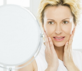 Botox treatments in Hamilton ON reduce lines and wrinkles